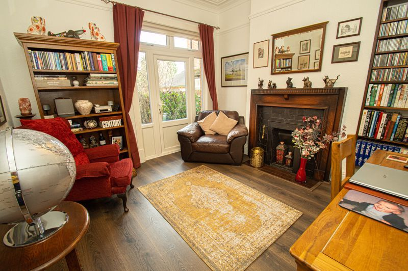 5 bed house for sale in Wake Green Road  - Property Image 4