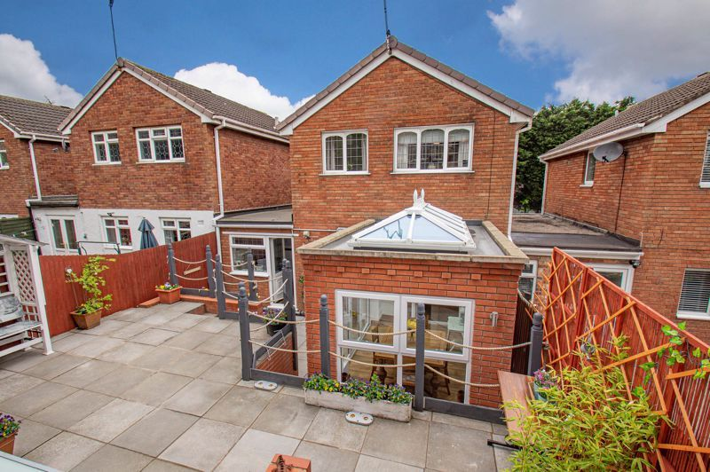 3 bed house for sale in Nottingham Way 13