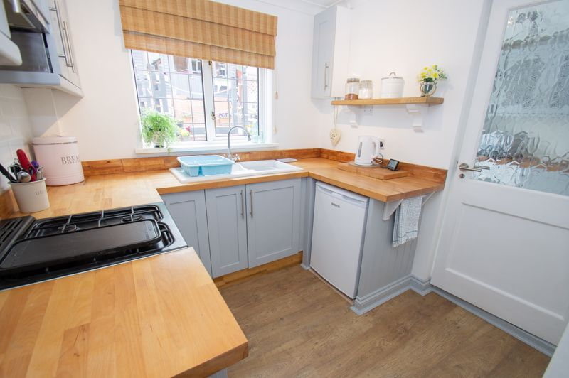 3 bed house for sale in Nottingham Way 6