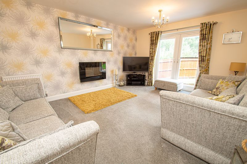 4 bed house for sale in Keller Walk  - Property Image 2