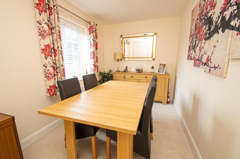 4 bed house for sale in Keller Walk  - Property Image 3