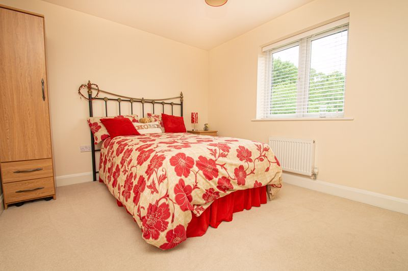 4 bed house for sale in Keller Walk 9
