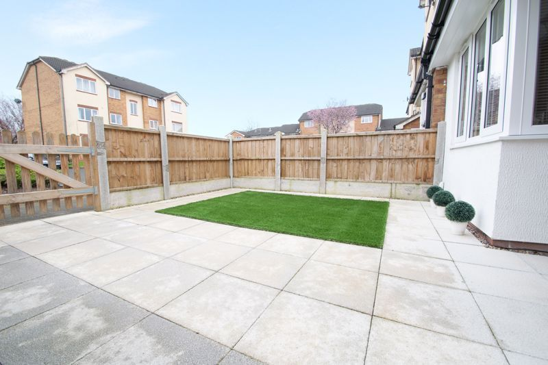 2 bed house for sale in Dadford View  - Property Image 11