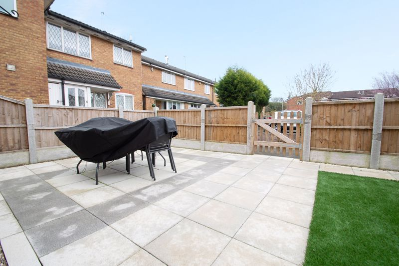2 bed house for sale in Dadford View  - Property Image 10