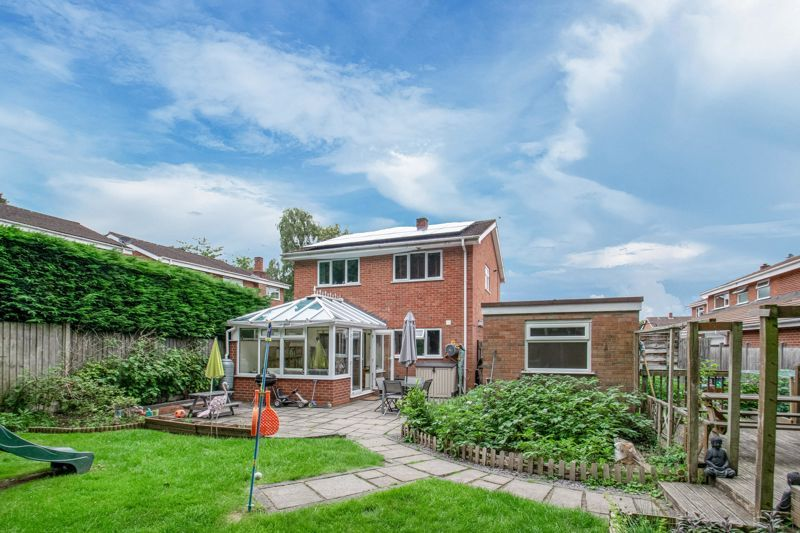 3 bed house for sale in Gilbertstone Close  - Property Image 14