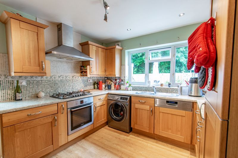 3 bed house for sale in Gilbertstone Close  - Property Image 16