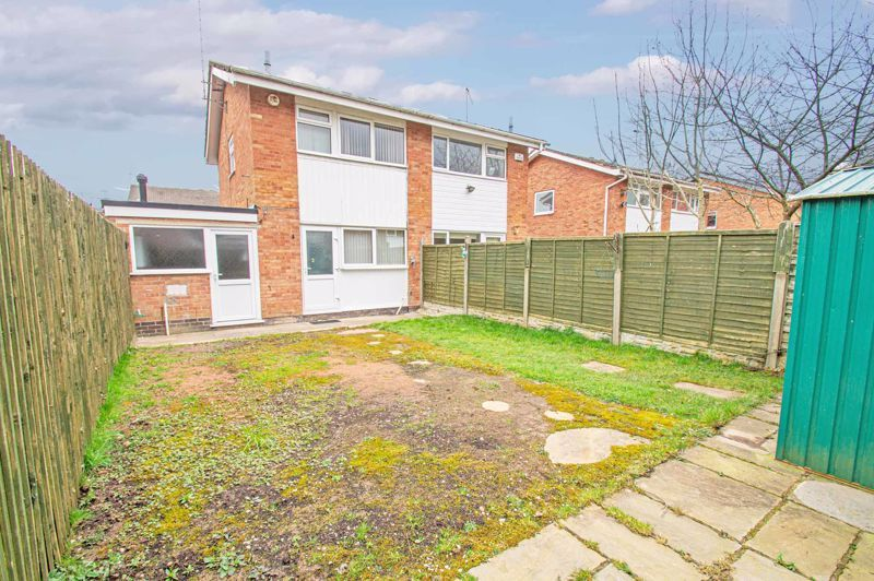 2 bed house for sale in Donnington Close 11