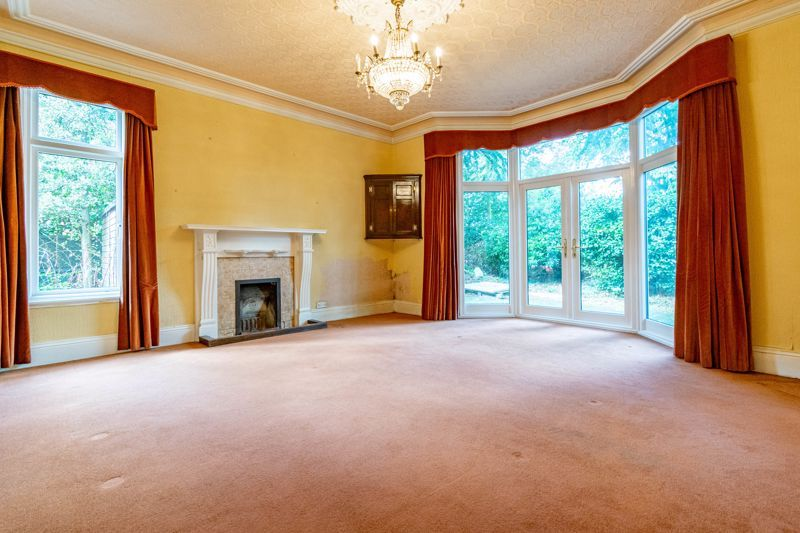5 bed house for sale in College Road 7