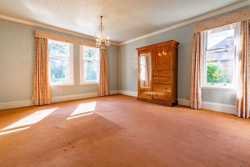 5 bed house for sale in College Road 9