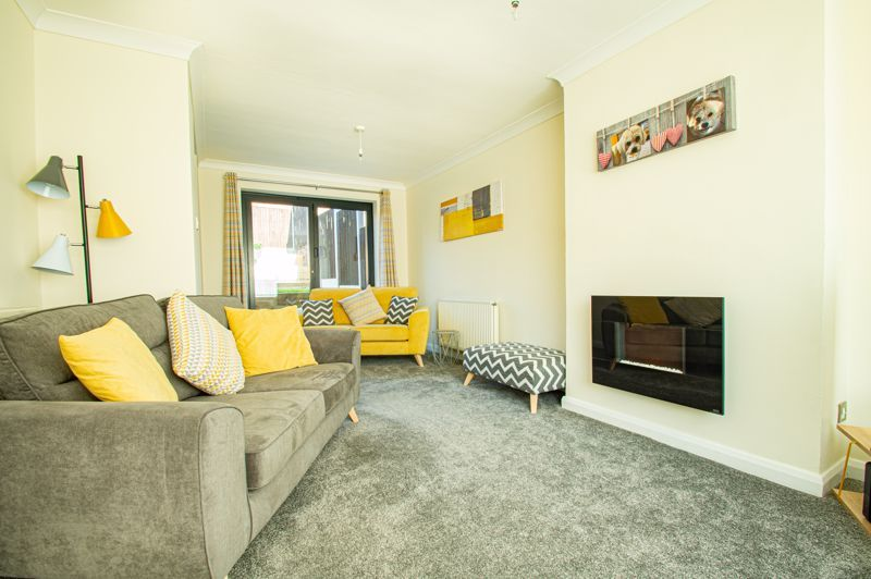 3 bed house for sale in Lawnsdown Road 2
