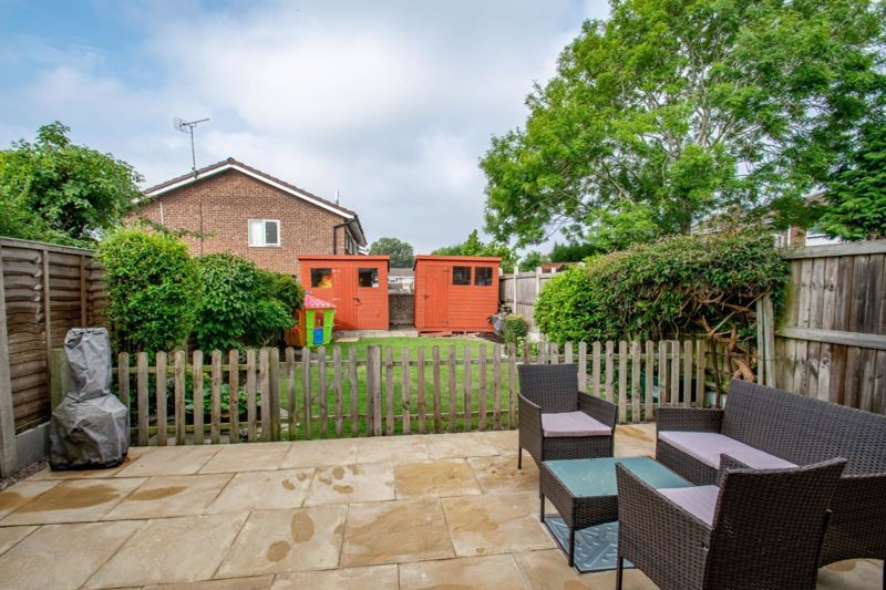 2 bed house for sale in Donnington Close  - Property Image 10