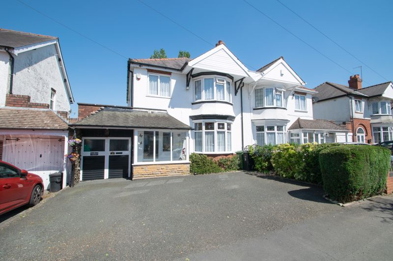 3 bed house for sale in Olive Hill Road - Property Image 1