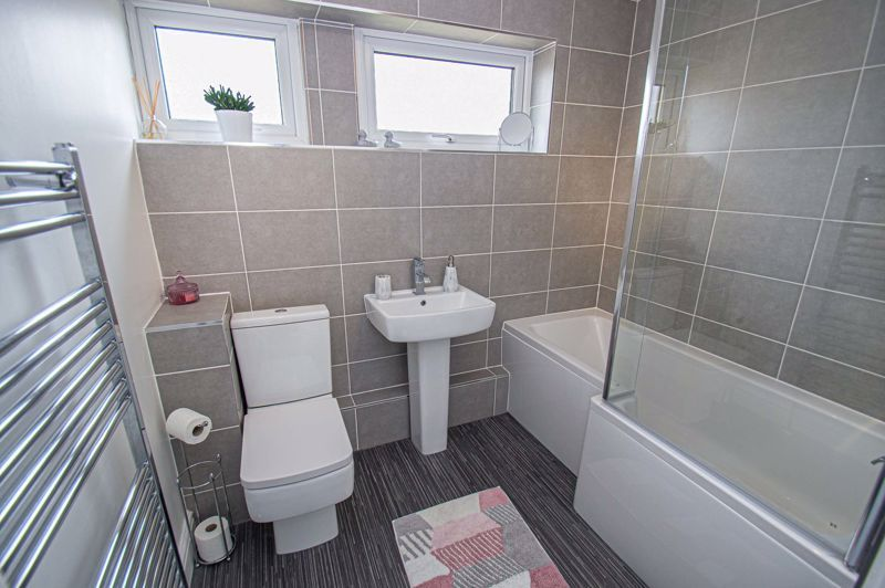 2 bed house for sale in Evesham Road 10