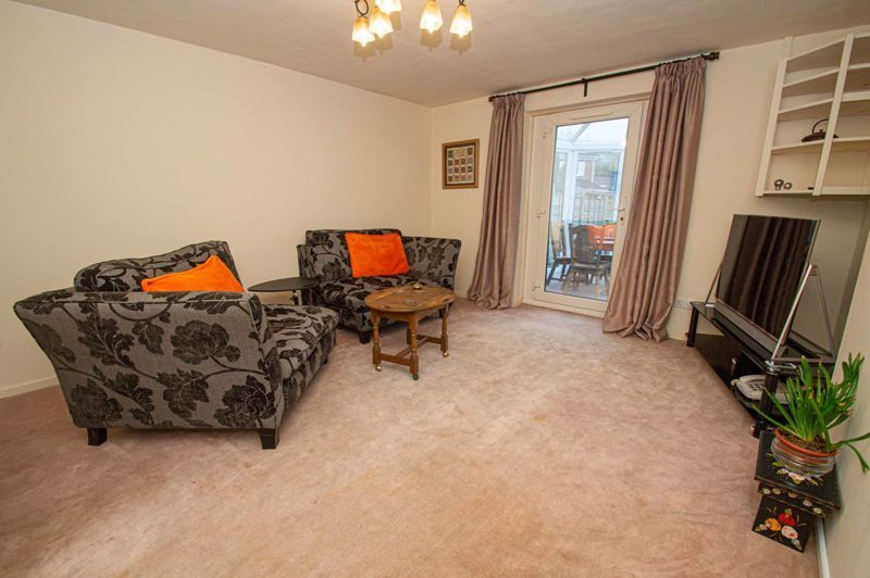 2 bed house for sale in Linton Mews 3