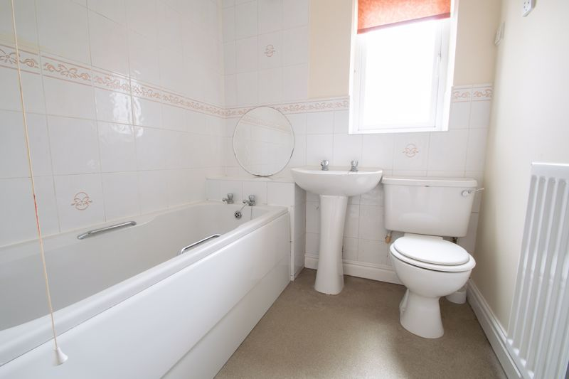 4 bed house for sale in Pear Tree Drive 12