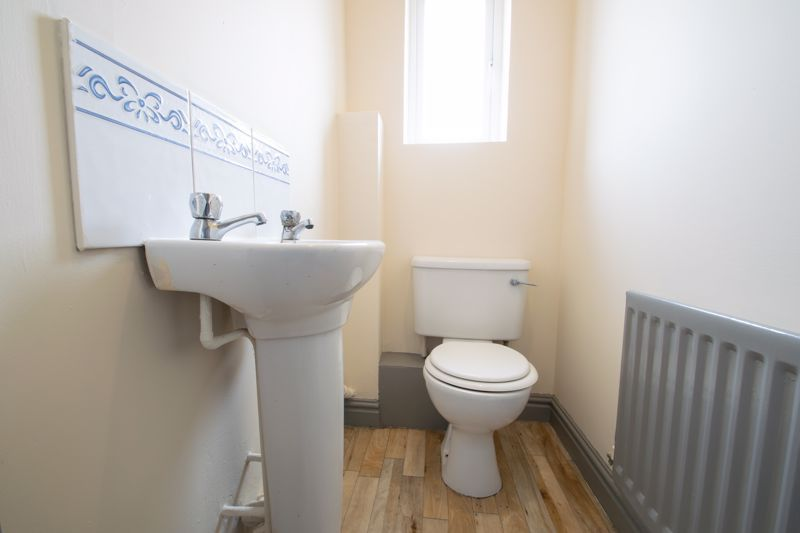 4 bed house for sale in Pear Tree Drive  - Property Image 17