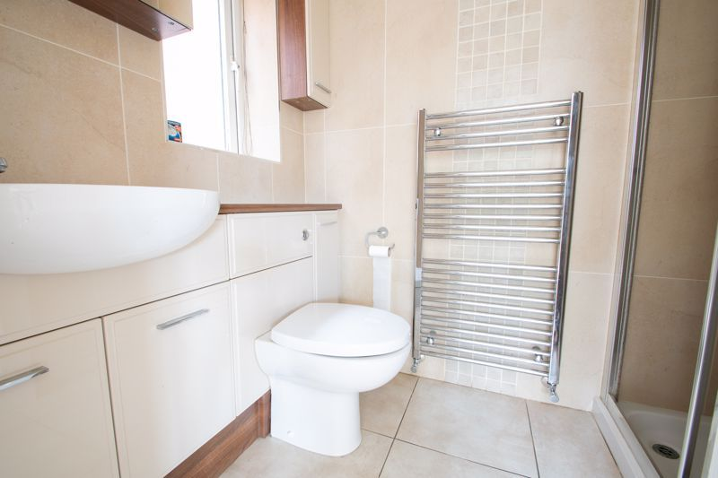 4 bed house for sale in Pear Tree Drive 19
