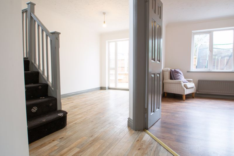 4 bed house for sale in Pear Tree Drive 4