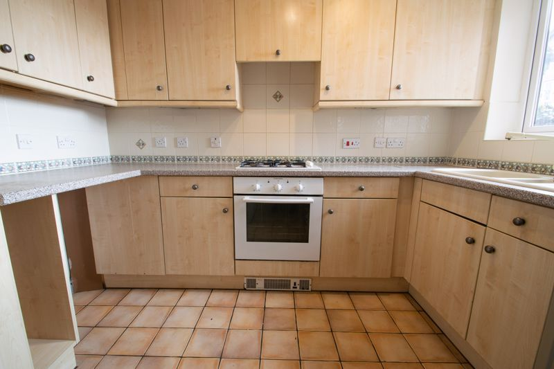 4 bed house for sale in Pear Tree Drive 7