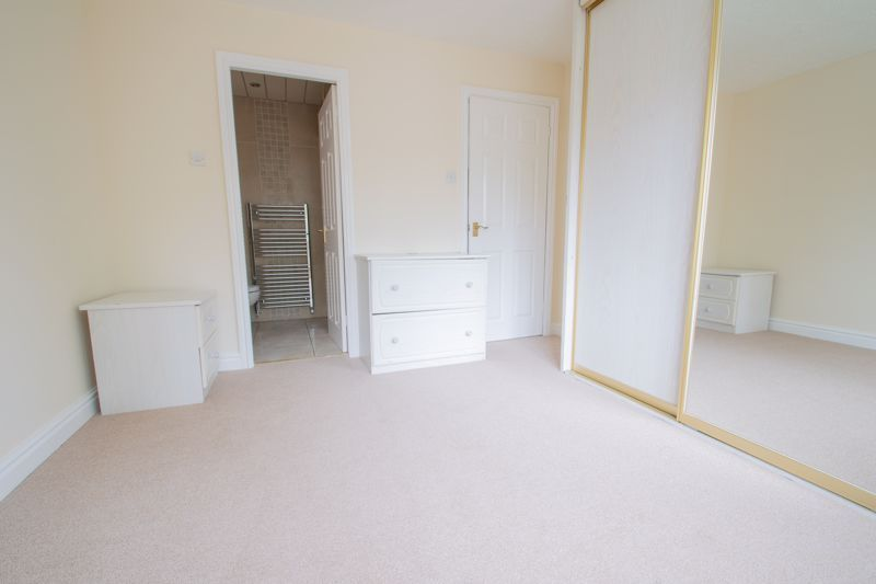 4 bed house for sale in Pear Tree Drive  - Property Image 8