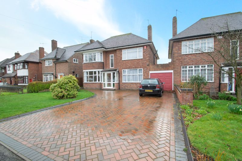 4 bed house for sale in Haden Hill Road - Property Image 1