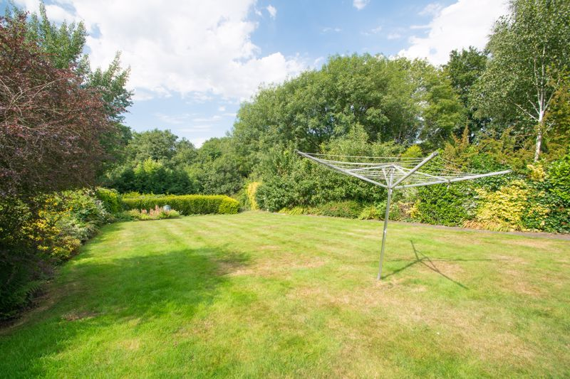 4 bed house for sale in Haden Hill Road 20