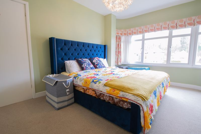 4 bed house for sale in Haden Hill Road 9