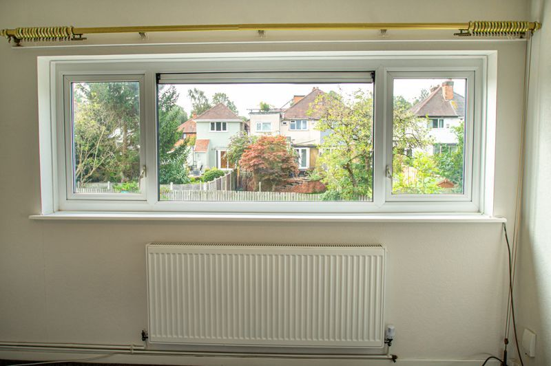 2 bed flat for sale in Herons Way  - Property Image 11