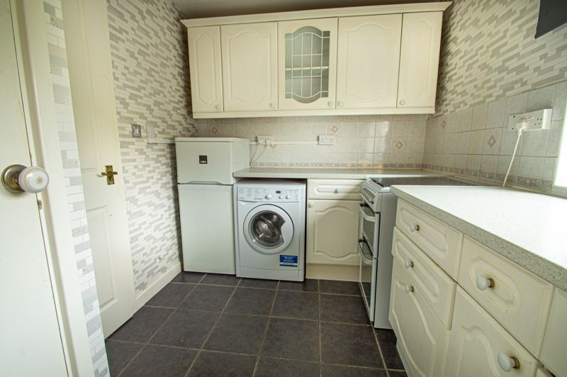2 bed flat for sale in Herons Way 5