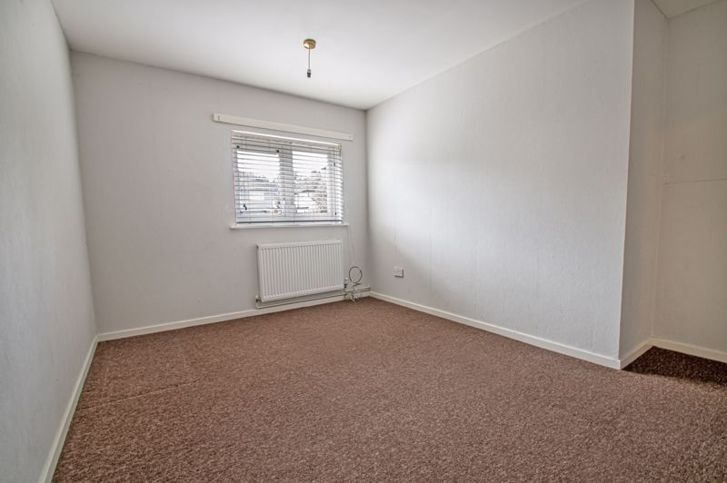 2 bed flat for sale in Herons Way  - Property Image 6