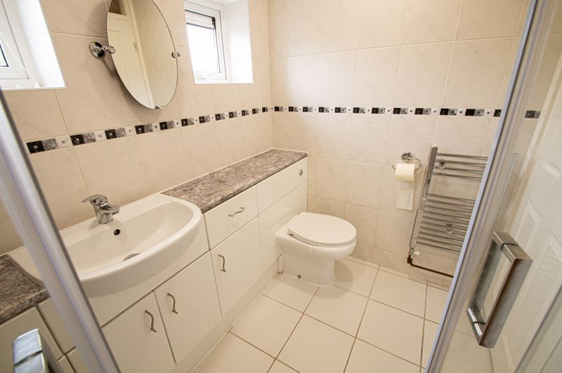 2 bed flat for sale in Herons Way  - Property Image 9