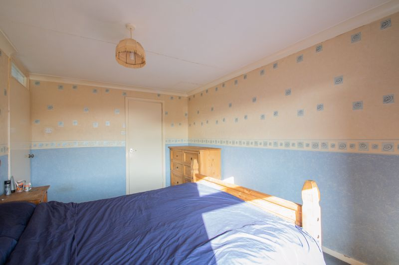 3 bed house for sale in Mendip Road 8