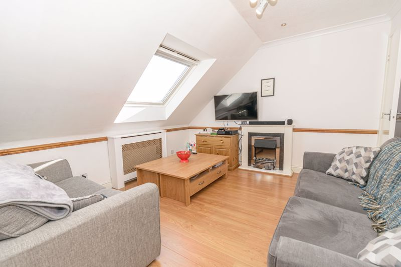 1 bed flat for sale in Sanders Road 2