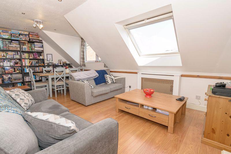 1 bed flat for sale in Sanders Road 5