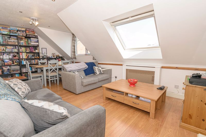 1 bed flat for sale in Sanders Road  - Property Image 5