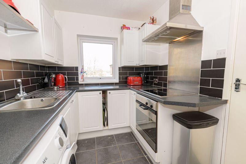 1 bed flat for sale in Sanders Road 6