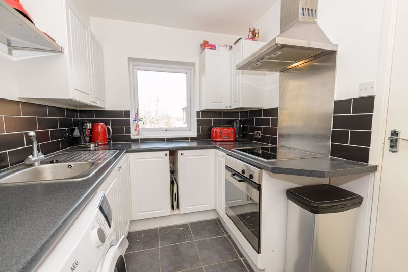 1 bed flat for sale in Sanders Road  - Property Image 6