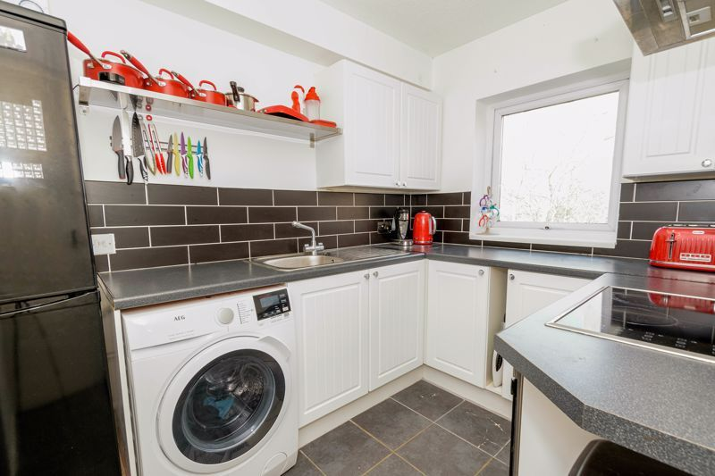 1 bed flat for sale in Sanders Road  - Property Image 7