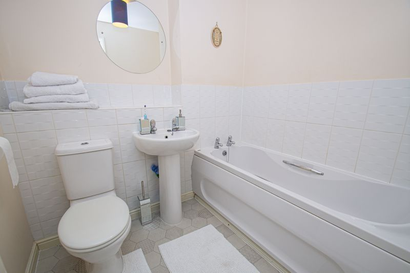 3 bed house for sale in Chestnut Drive  - Property Image 8