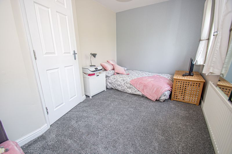 3 bed house for sale in Chestnut Drive  - Property Image 9
