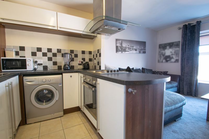 1 bed flat for sale in Glynn Crescent 5