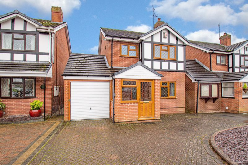 3 bed house for sale in Bowling Green Road 1