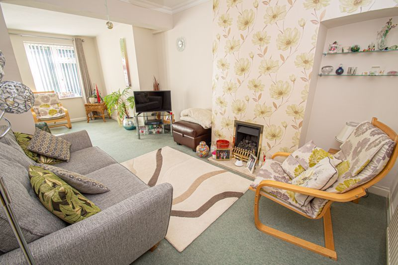 3 bed house for sale in Jubilee Avenue  - Property Image 2