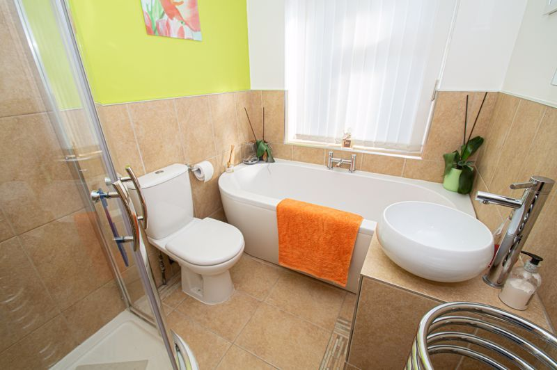 3 bed house for sale in Jubilee Avenue 12