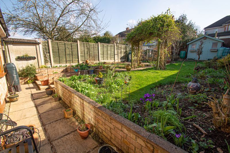 3 bed house for sale in Jubilee Avenue 15