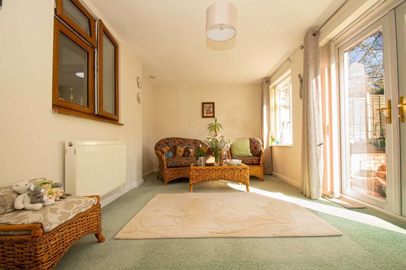 3 bed house for sale in Jubilee Avenue 17