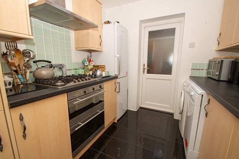 3 bed house for sale in Jubilee Avenue 18
