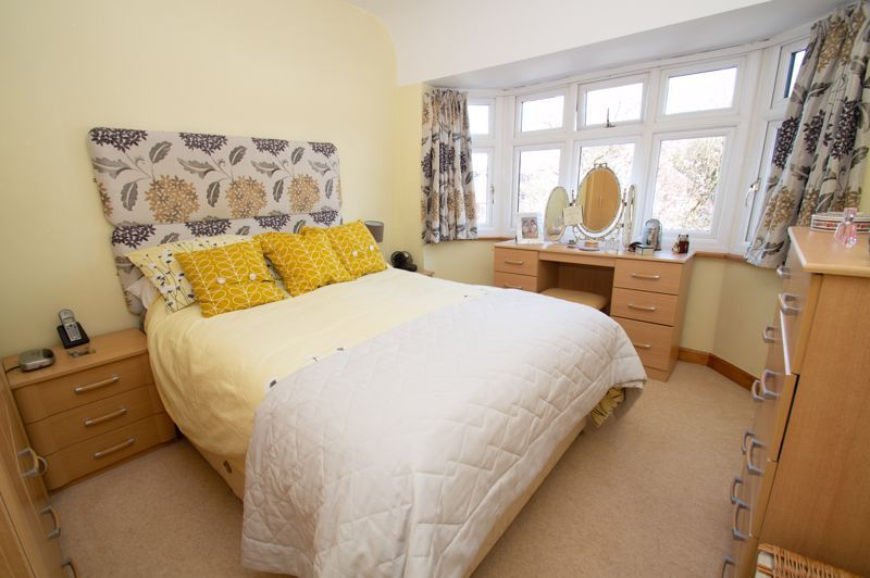 3 bed house for sale in Jubilee Avenue 9