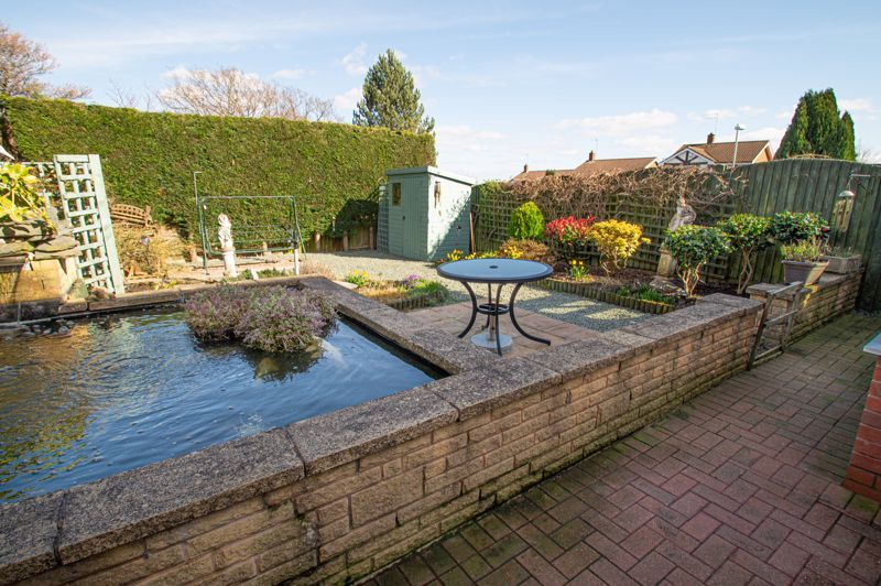 3 bed house for sale in Broomehill Close  - Property Image 15