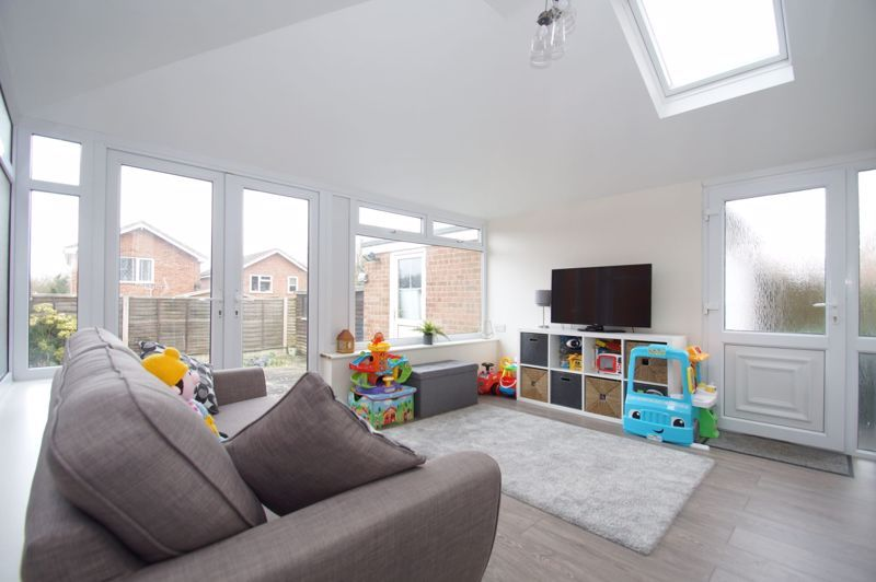 3 bed house for sale in Painswick Close 5